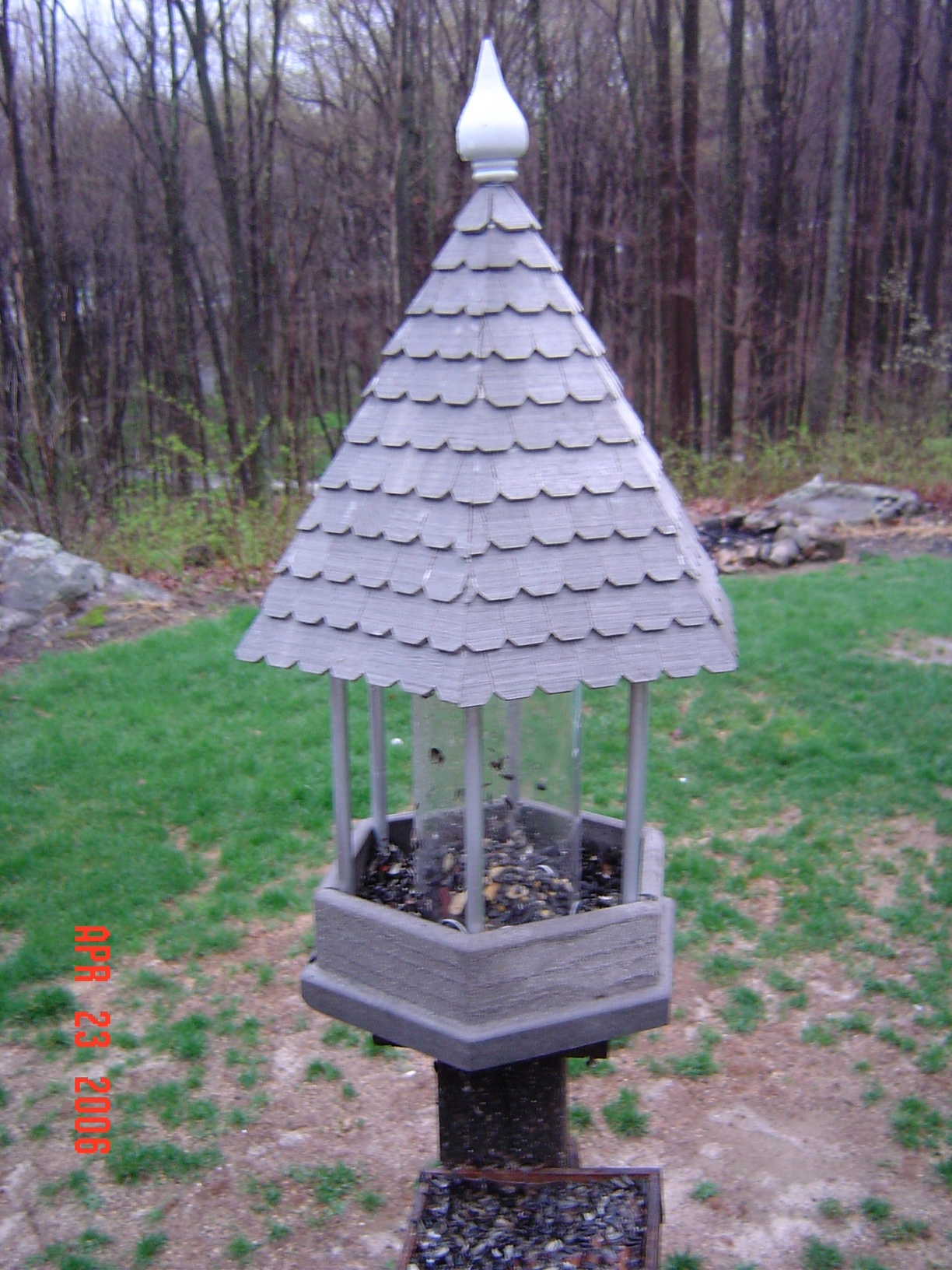 Woodworking Plans Hopper Bird Feeder Plans Free Pdf Plans