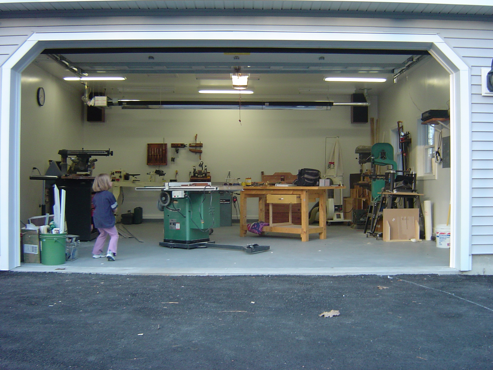 garage woodworking shop